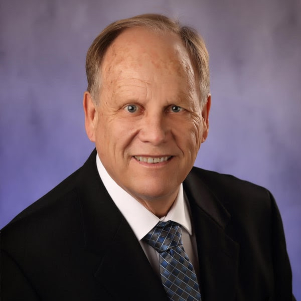 Meet Dr. Peterson - West Chicago Dentist Cosmetic and Family Dentistry